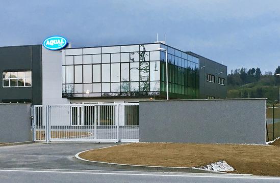 aqual-budova