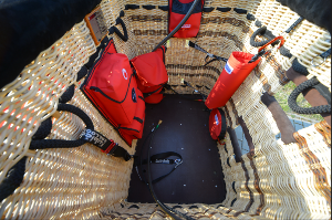 Pilot and passenger compartment equipment