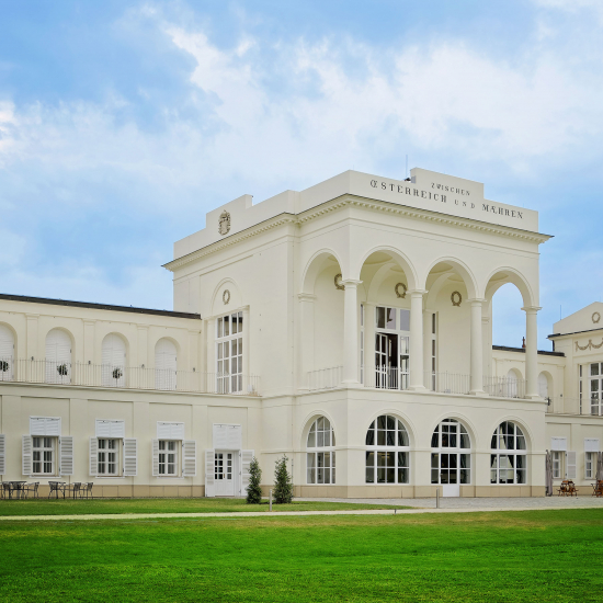 Easy Wedding Chateau de Frontiere Hlohovec