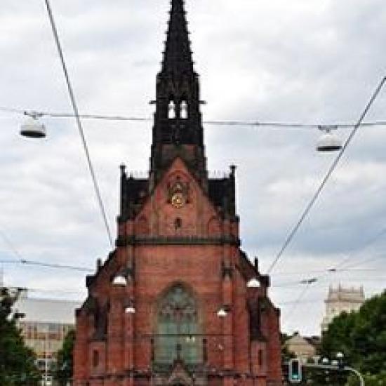 cerveny-kostel_easywedding