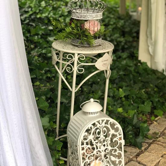 vintage stolek bily_easywedding.JPG