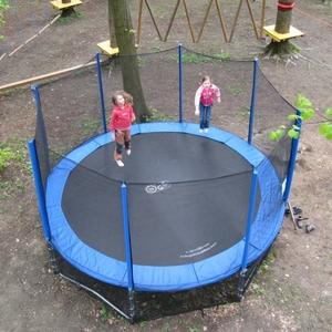 04_trampolina