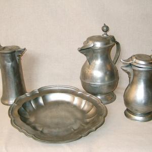 Cínové nádobí z počátku 19. století