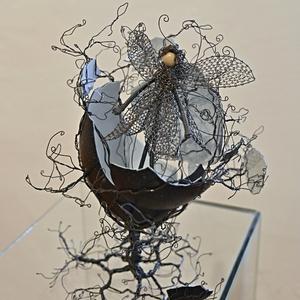 Monika Sochůrková - Drátované vejce - Strom s vílou