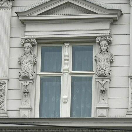 Bytový dům Brno, Bratislavská ul. - detail okna