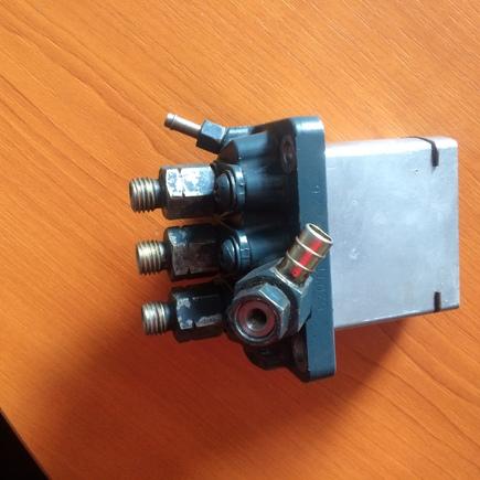 čerpadlo vstřikovací Kubota D902 -použité