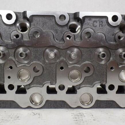 Hlava motoru Kubota D1403