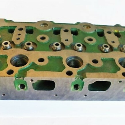 Hlava motoru Kubota D850