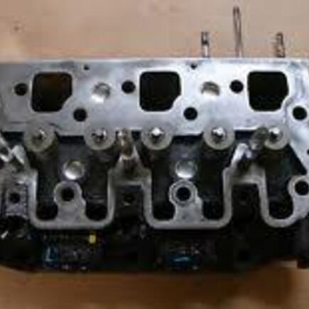 Hlava motoru Shibaura P17F