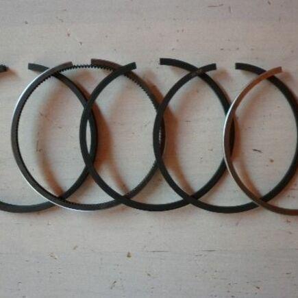 Pístní kroužky Kubota ZL600 STD