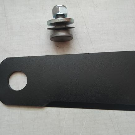 Nůž mulčovací vyměnitelný konec + čep Sherpa AS 940, AS920