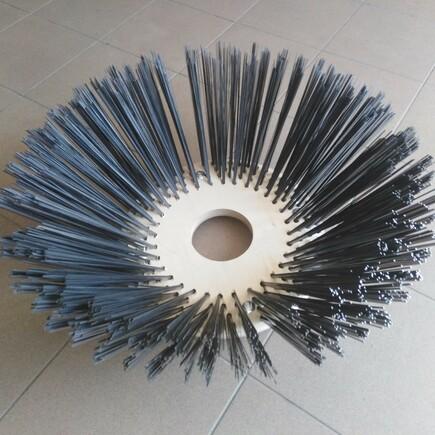 Kartáče zametací talířový HAKO 600/650, 400/700, ocelový drát 2,8