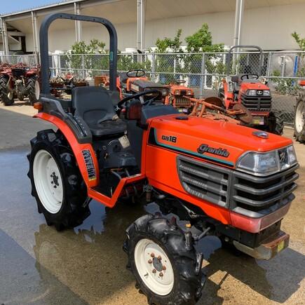 Malotraktor Kubota GB18 4WD